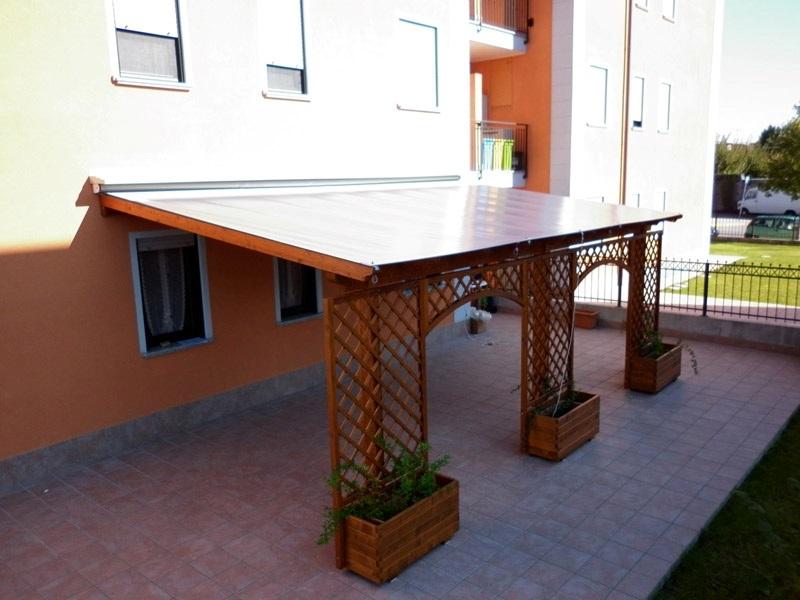 Pergolato in legno mobile mod 1 Coperture pergolati in legno Coperture pergolati in legno su misura